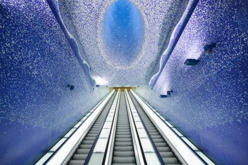 Bisazza glasmozaïek in metrostation Napels